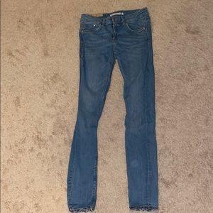 Like new Zara trafaluc jeans